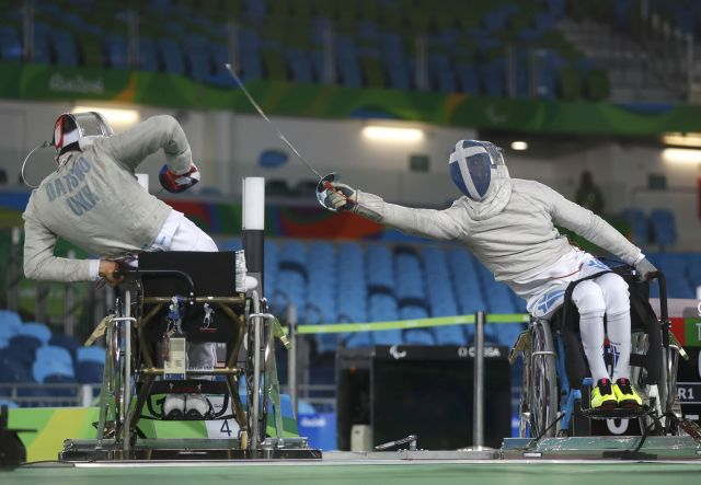 2016 09 12T191034Z 937198746 HT1EC9C1H98SV RTRMADP 3 PARALYMPICS RIO WHEELCHAIRFENCING