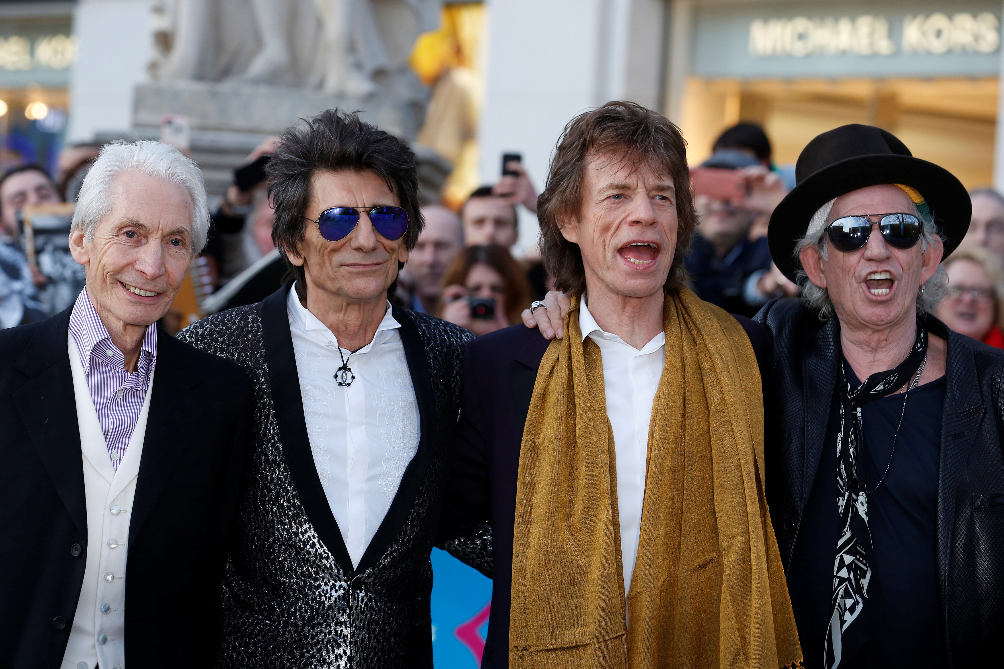 Rolling Stones Saatchi 2016 10 06T124047Z 743053100 D1AEUFKJLNAA RTRMADP 3 MUSIC ROLLINGSTONES