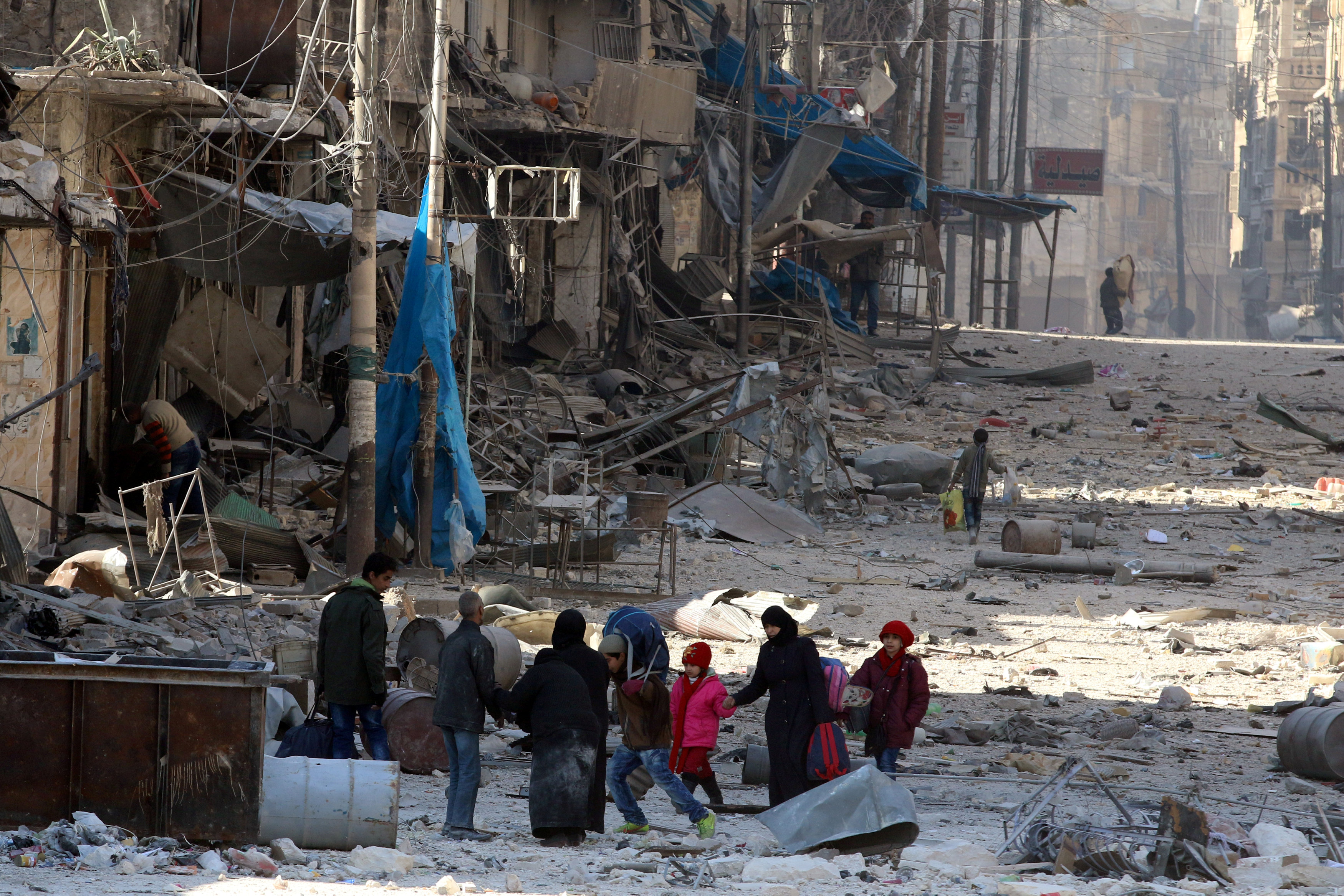 2016 12 14T143607Z 1589199887 RC1F691B13B0 RTRMADP 3 MIDEAST CRISIS SYRIA ALEPPO FALL copy