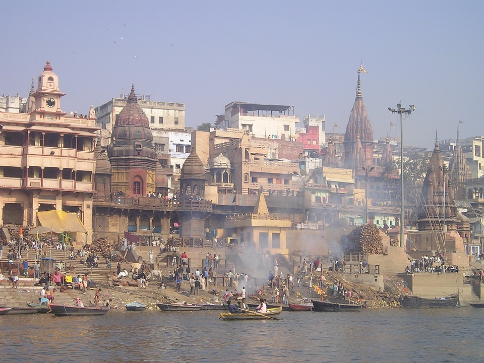 Ganges India Holy River Combustion Cremation 372