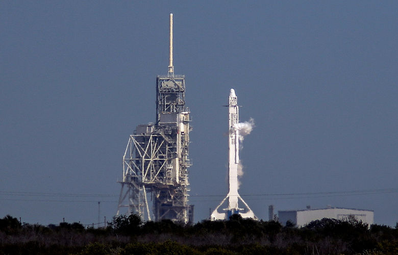2017 02 19T071723Z 1167411696 RC12012E9A10 RTRMADP 3 SPACE SPACEX LAUNCH 1