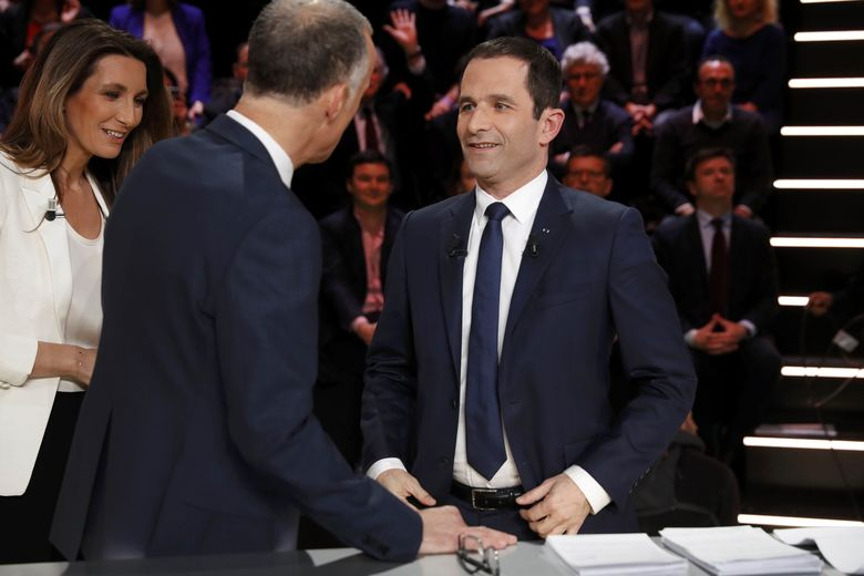 2017 03 20T203126Z 822176171 LR1ED3K1L0338 RTRMADP 3 FRANCE ELECTION DEBATE