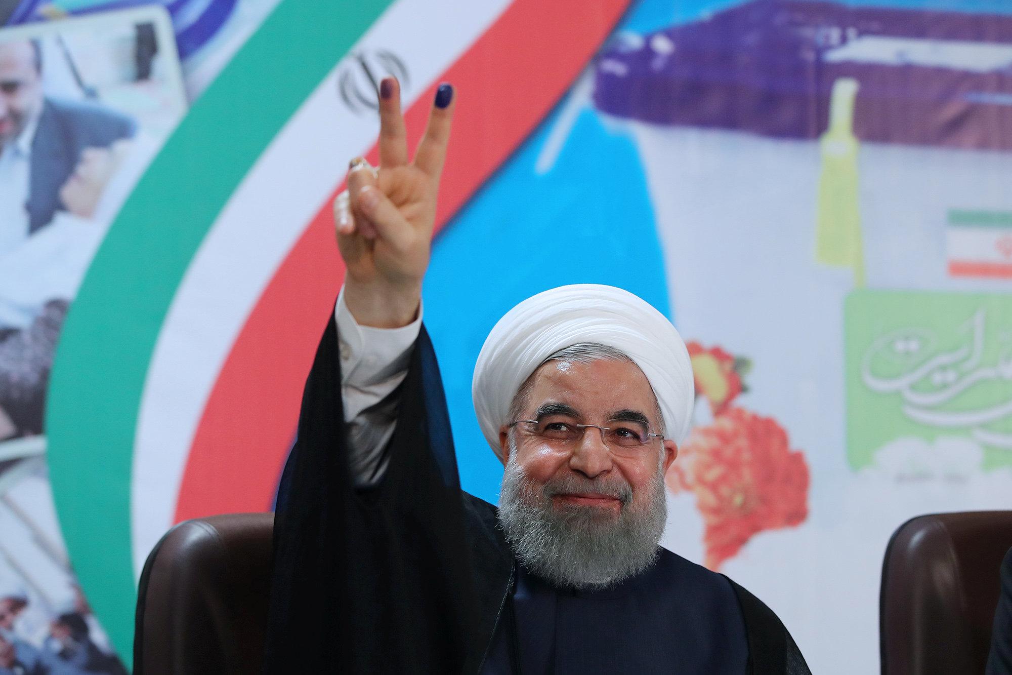 2017 05 12T113430Z 121292694 RC1DB07FCD30 RTRMADP 3 IRAN ELECTION DEBATE