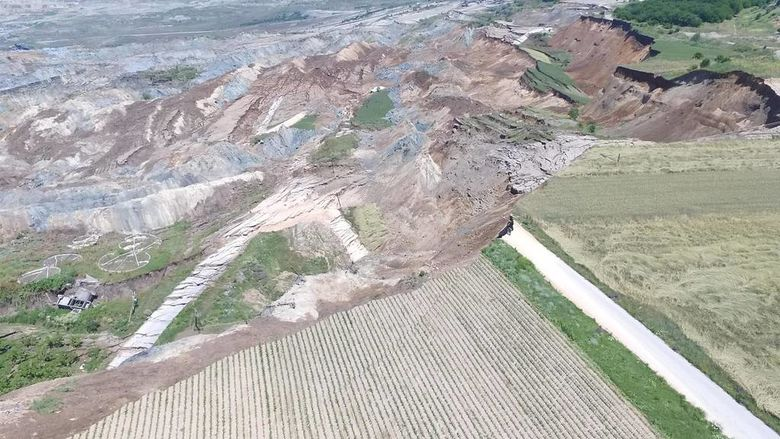 83955ab719 Σημειώνεται πως οι εργασίες εξόρυξης στο ορυχείο Αμυνταίου απέχουν περί τα  3 χλμ. από το χωριό και οι κάτοικοι