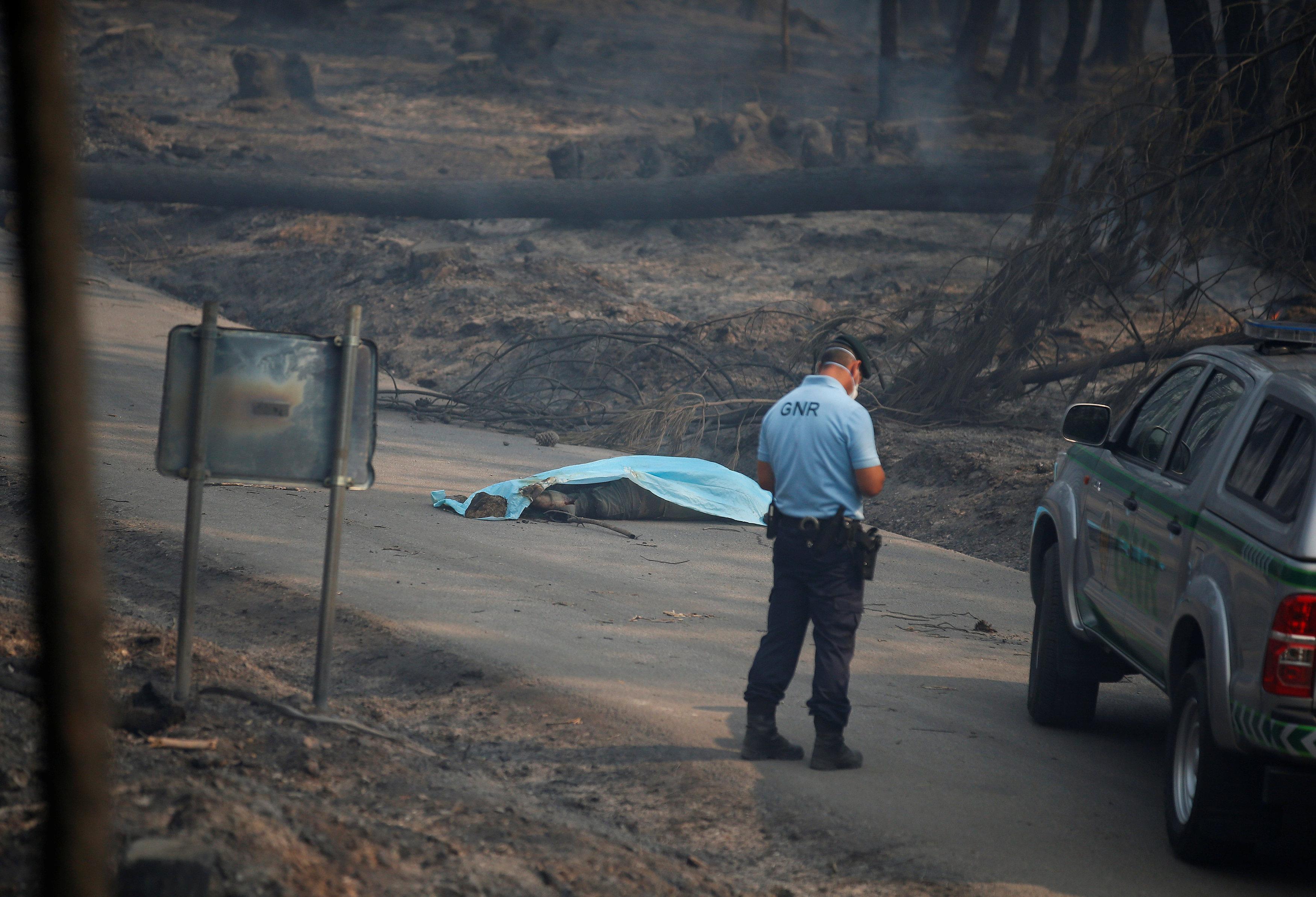 2017-06-18T093813Z 1721723967 RC1A1E0ED250 RTRMADP 3 PORTUGAL-FIRE