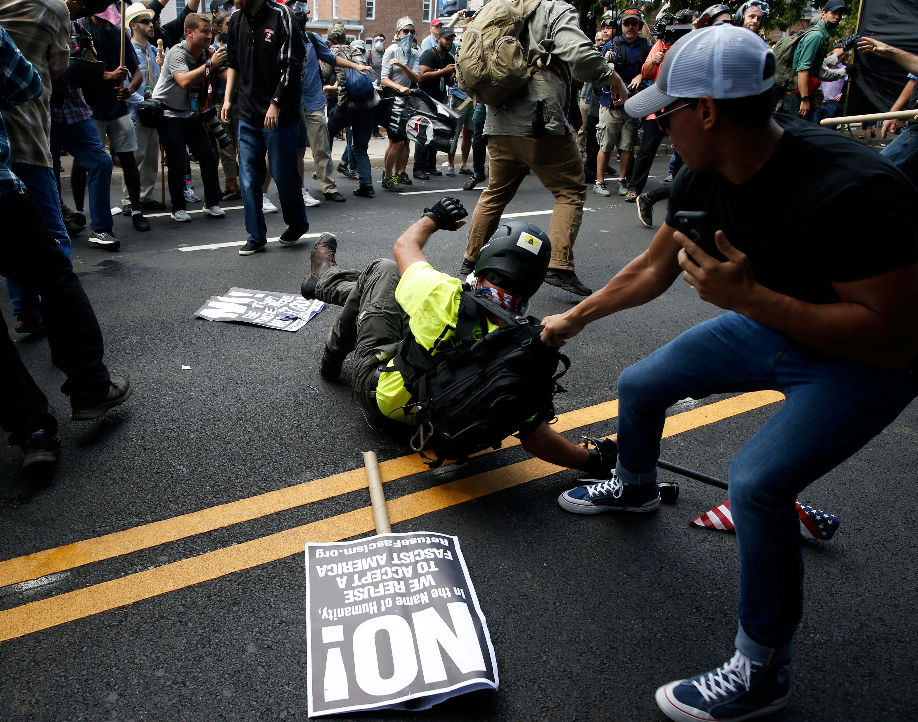 2017 08 12T174742Z 1670446047 RC13D66470A0 RTRMADP 3 VIRGINIA PROTESTS