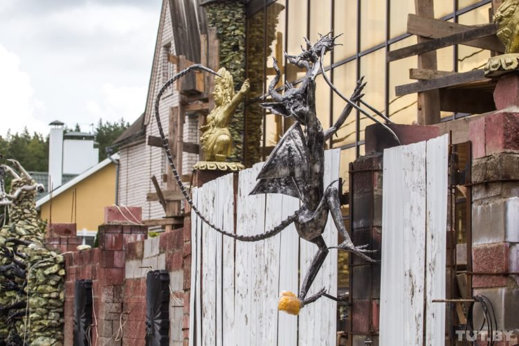 scary house Belarus8 750x500