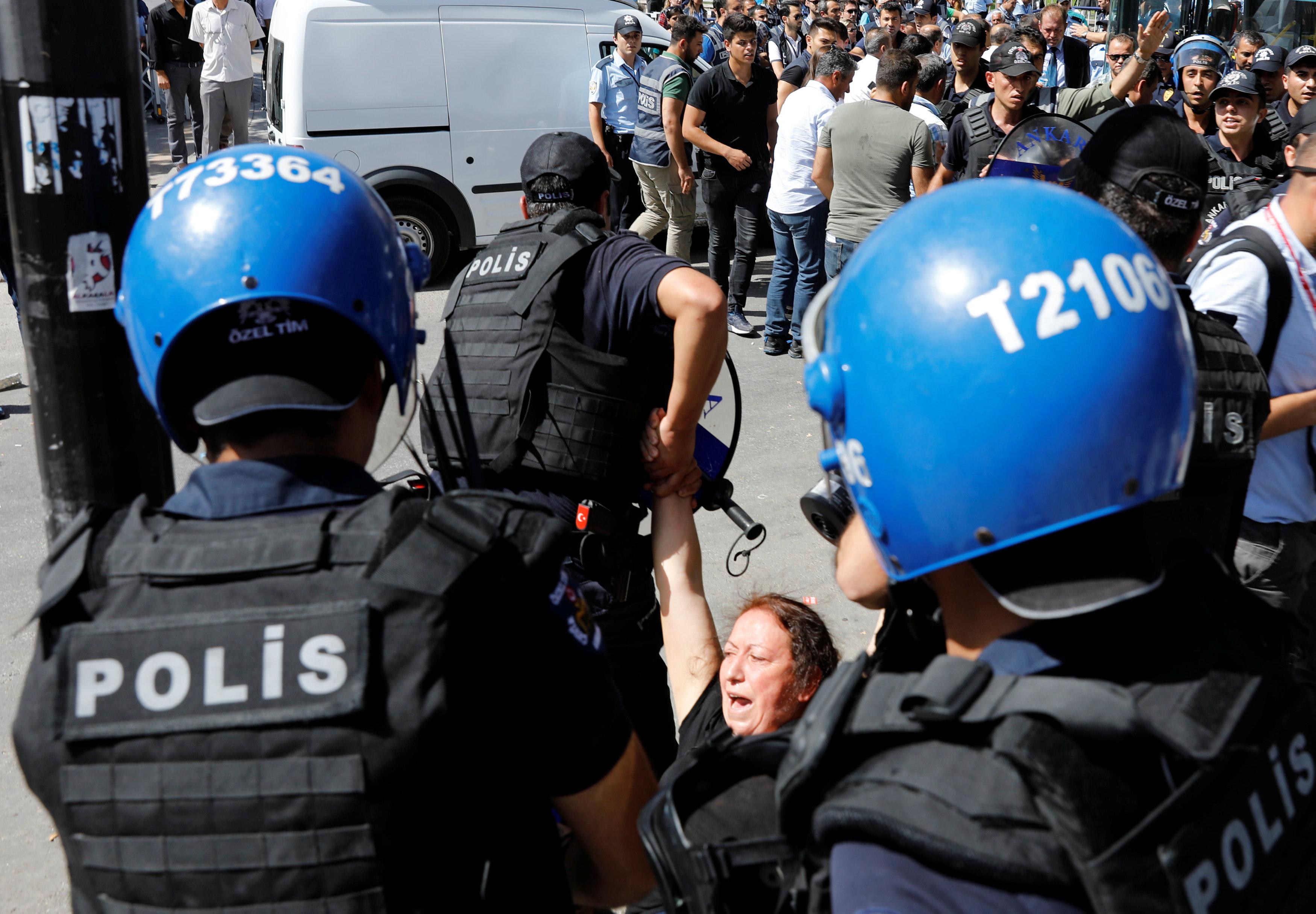 2017 09 14T115938Z 1711438251 RC11984FA750 RTRMADP 3 TURKEY SECURITY TRIAL