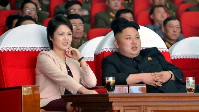 North Korean leader Kim Jong Un and his wife Ri Sol Ju 800x430