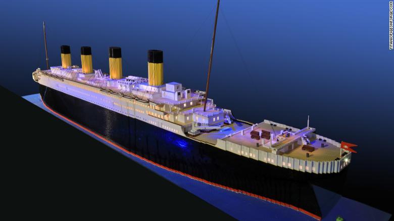 180412111030 02 titanic lego replica exlarge 169