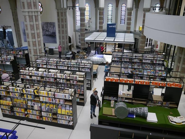 De Petrus Library2