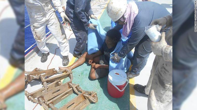 180924071901 02 teen survives at sea exlarge 169