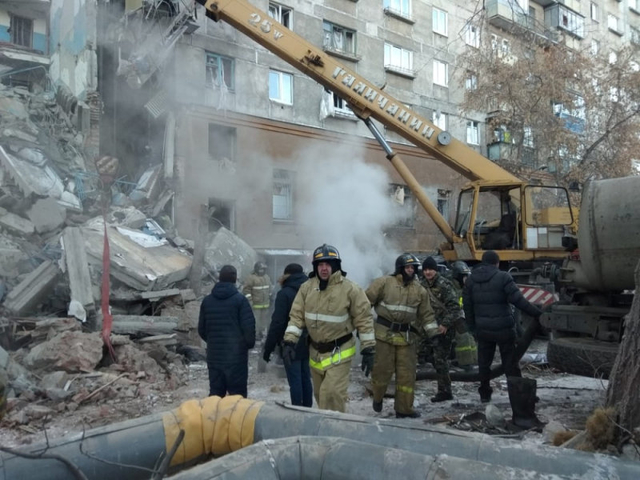 2018 12 31T064659Z 1164367016 RC1EF1A03760 RTRMADP 3 RUSSIA BUILDING COLLAPSE