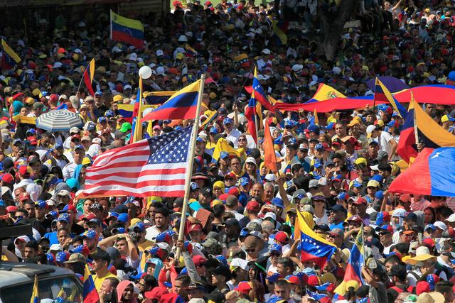 2019 01 23T210031Z 1566002543 RC1D767F7290 RTRMADP 3 VENEZUELA POLITICS