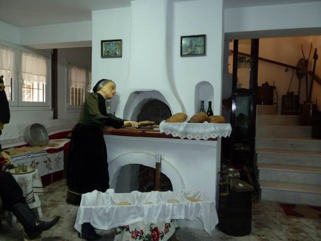 Μουσείο Κέρινων Ομοιωμάτων Λαογραφίας και Προϊστορίας στο Μαυροχώρι