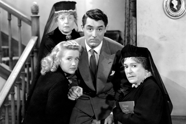 Arsenic and Old Lace 1944 1 005