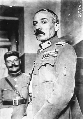 Le Général Pangalos Président du Conseil grec