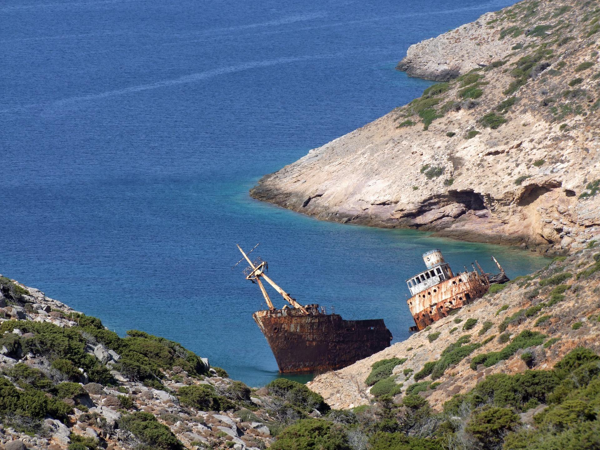 ship wreck 596819 1920