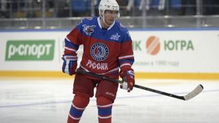 Με χόκεϊ επί πάγου γιόρτασε τα γενέθλιά του ο Πούτιν