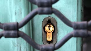 """Εφορία: """"Λουκέτα"""" 30 ημερών σε επιχειρήσεις που παρεμποδίζουν ελέγχους"""