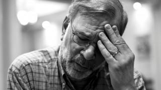 Αλτσχάιμερ: Όταν οι μνήμες χάνονται σαν αχτίδες φωτός
