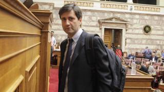 Απορρίπτει τα σενάρια για bail-in και grexit ο Χουλιαράκης