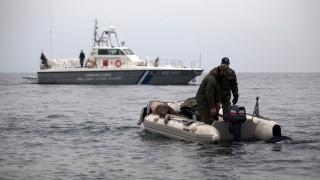 Φονική σύγκρουση σκάφους του λιμενικού με δουλεμπορικό στη Λέσβο