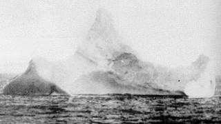 Σε δημοπρασία φωτογραφία που δείχνει το παγόβουνο του Τιτανικού