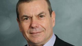 Εξετάζεται η επιβολή έκτακτης εισφοράς στους επαγγελματίες υπέρ του ασφαλιστικού