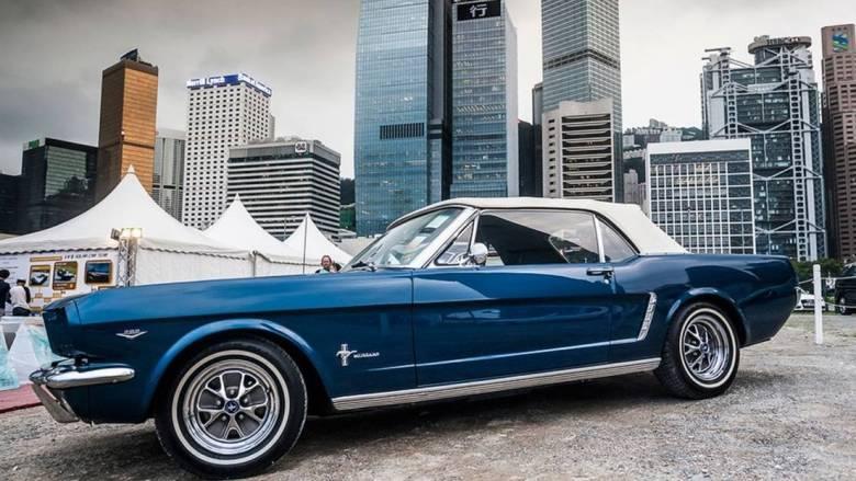 Πανάκριβα ιστορικά αυτοκίνητο στην έκθεση Hong Kong Classic