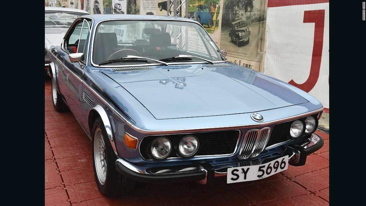 https://cdn.cnngreece.gr/media/news/2015/10/18/1071/photos/snapshot/hong-kong-classic-cars-BMW-1973-Csi.jpg