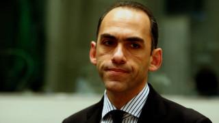 Σάλος στην Κύπρο με το ένταλμα σύλληψης του υπουργού Οικονομικών