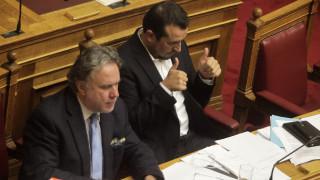 Πόλεμος κυβέρνησης-αντιπολίτευσης στη Βουλή για τα κανάλια