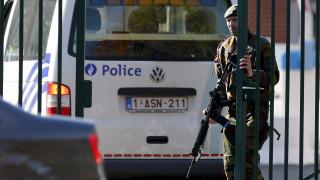 Ανταλλαγή πυρών χωρίς τραυματίες σε στρατόπεδο στο Βέλγιο