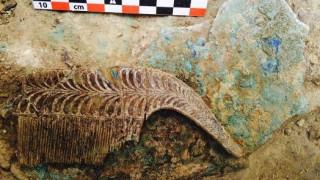 Η αρχαιολογική σκαπάνη έφερε στο φως ασύλητο τάφο