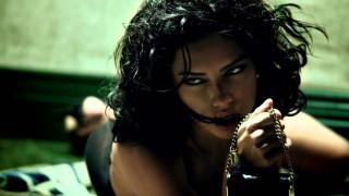 Η παρακμή της Αντριάνα Λίμα (και τα υπόλοιπα 3 sexy fashion films της εβδομάδας)