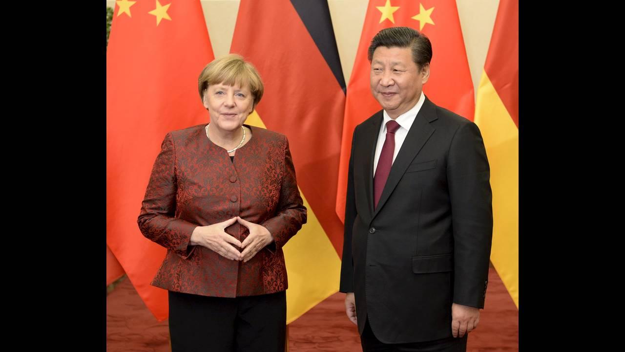 https://cdn.cnngreece.gr/media/news/2015/10/29/2283/photos/snapshot/Merkel-China-Jinping-B-2015-10-29-Reuters.JPG