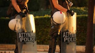 """Γκρίνια αστυνομικών για """"απαγορευτικό"""" χρήσης τουαλέτας της Βουλής"""