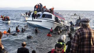 Τριήμερο πένθος στη Λέσβο για τους νεκρούς πρόσφυγες