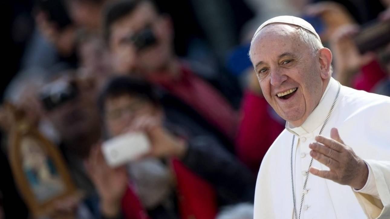 Πάπας Φραγκίσκος: Αναφαίρετο δικαίωμα η σύνταξη
