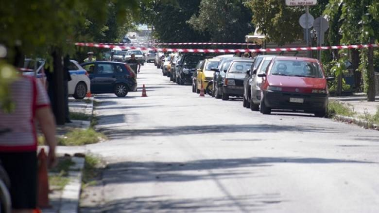 Εμπρηστικές επιθέσεις σε γραφεία του ΣΥΡΙΖΑ και στη βίλα Κούβελου στο Μαρούσι