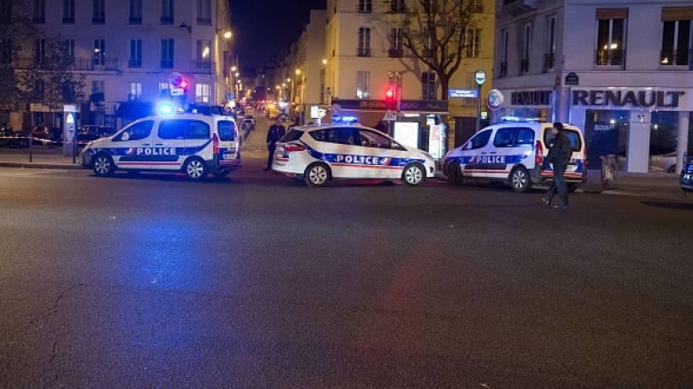 Περίπου 100 άνθρωποι σε ομηρία στο Παρίσι