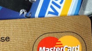 Σχέδιο για απευθείας ηλεκτρονική πληρωμή φόρων μέσω του Taxisnet