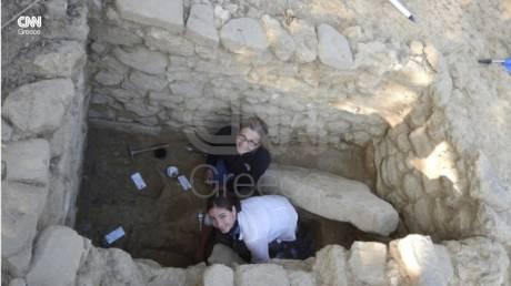 Η αρχαιολόγος που «ξύπνησε» τον πολεμιστή