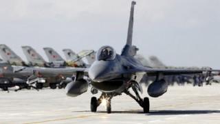 Τα χαρακτηριστικά του F-16 Fighting Falcon και του Su-24 Fencer