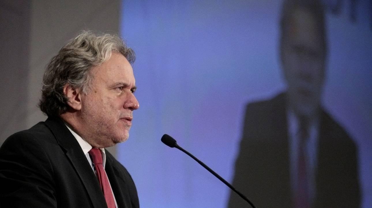 Η κυβέρνηση θα επιδιώξει ενιαία στάση από τα κόμματα για το ασφαλιστικό