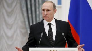 Υπαινιγμοί Πούτιν για ευθύνη των ΗΠΑ στην κατάρριψη του μαχητικού