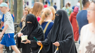 Γερμανίδα υπουργός ζητά την απαγόρευση της μπούρκας