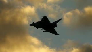 Εικόνες από τον βομβαρδισμό Βρετανών κατά του ISIS