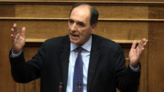 38 ακίνητα και 800.000 ευρώ φαίνεται να ξέχασε να δηλώσει ο Σταθάκης